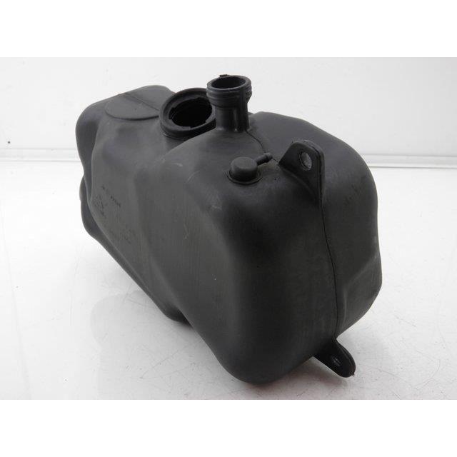reservoir essence scooter piaggio mp3 125 2 achat vente bouchon de r servoir. Black Bedroom Furniture Sets. Home Design Ideas