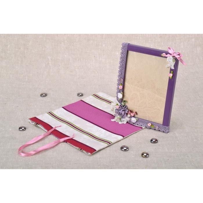 cadre photo en plastique avec sac cadeau faits main achat vente cadre photo cdiscount. Black Bedroom Furniture Sets. Home Design Ideas