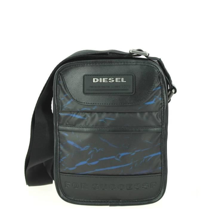 sacoche diesel slim fellow bleu 17 0 l x 22 5 h x 5 0 e cm motif achat vente sacoche. Black Bedroom Furniture Sets. Home Design Ideas