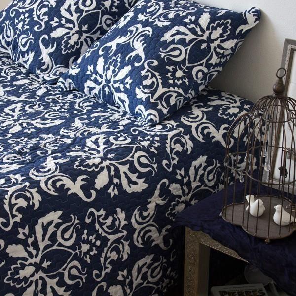 boutis couvre lit eleonore marine 250x270 cm achat vente jet e de lit boutis soldes. Black Bedroom Furniture Sets. Home Design Ideas