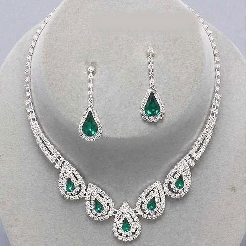 parure mariage bijoux cristal clair et vert emeraude achat vente parure parure mariage. Black Bedroom Furniture Sets. Home Design Ideas