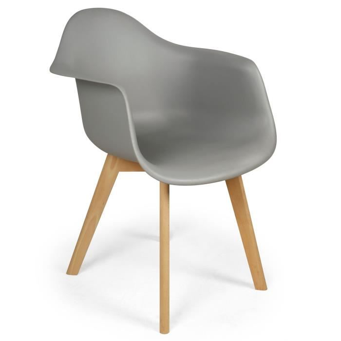 chaises scandinaves grises. Black Bedroom Furniture Sets. Home Design Ideas