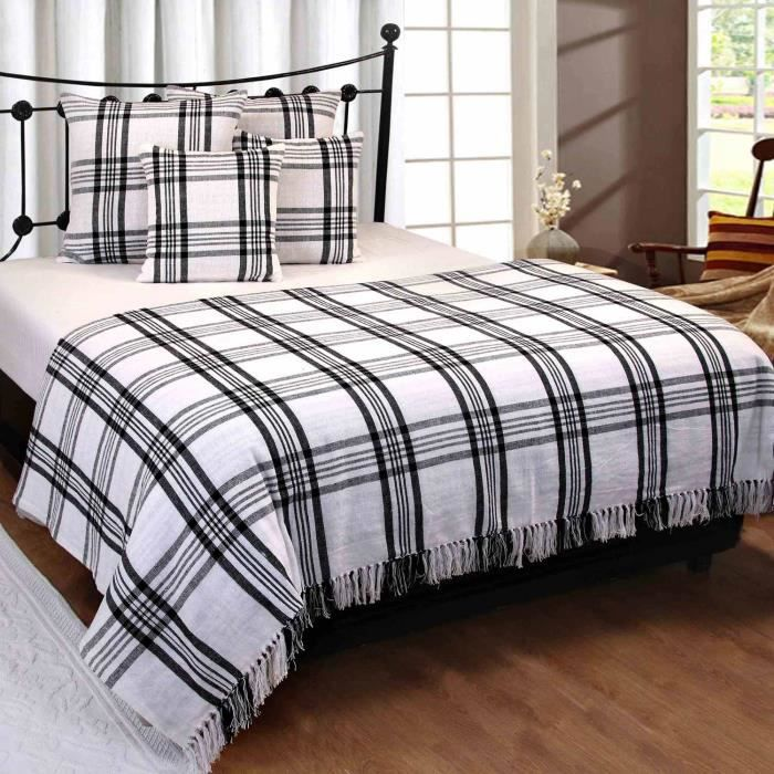 jet de lit ou de canap tartan noir et blanc 225 x 255 cm. Black Bedroom Furniture Sets. Home Design Ideas