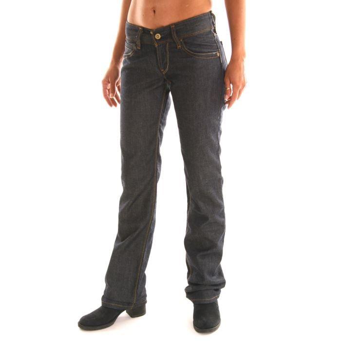 jeans femme levis 570 coupe droi bleu achat vente. Black Bedroom Furniture Sets. Home Design Ideas