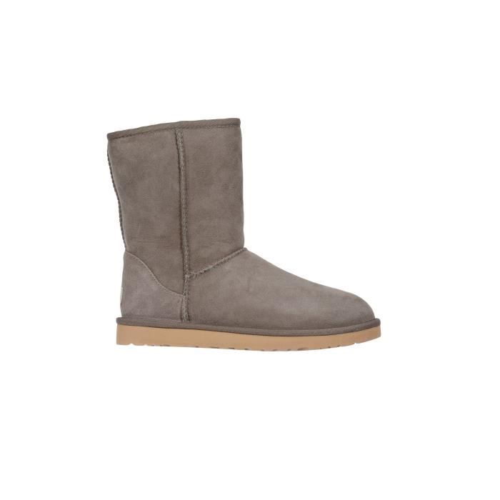 boots fourrees ugg classic short taupe femme beige taupe achat vente bottine cdiscount. Black Bedroom Furniture Sets. Home Design Ideas