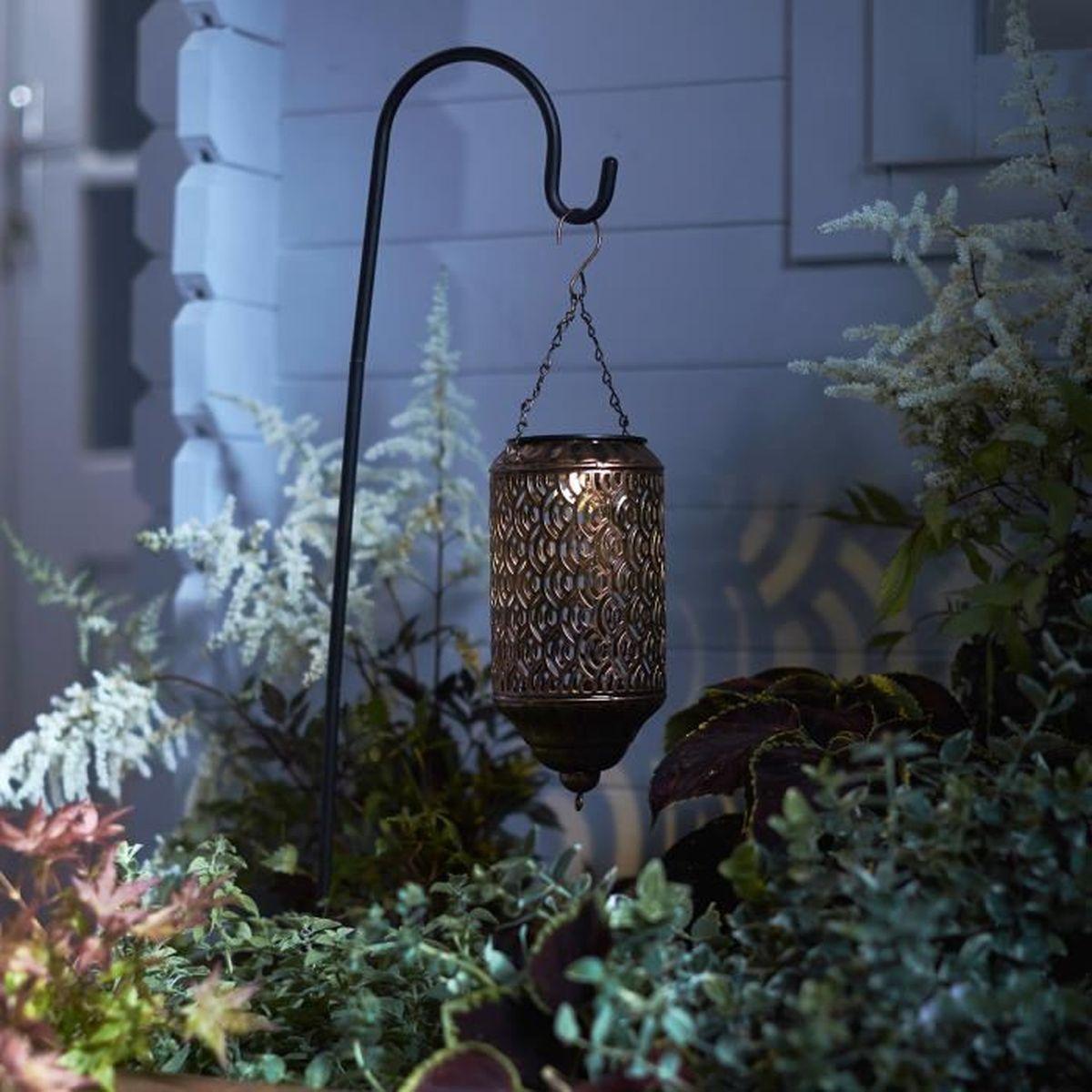lanterne solaire noire en m tal avec bougie led pour. Black Bedroom Furniture Sets. Home Design Ideas