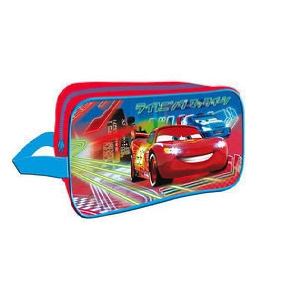 grande trousse de toilette enfants cars voiture rouge h ro de disney pour voyages vacances. Black Bedroom Furniture Sets. Home Design Ideas