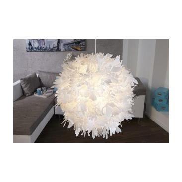 lustre suspendu blanc blooma achat vente lustre suspendu blanc blooma verre plastique. Black Bedroom Furniture Sets. Home Design Ideas