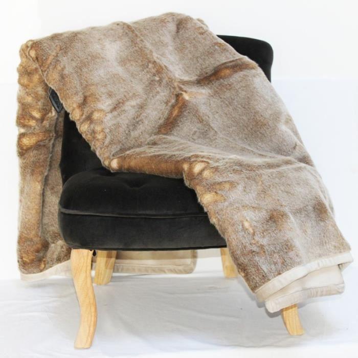 plaid fausse fourrure renard achat vente jet e de lit. Black Bedroom Furniture Sets. Home Design Ideas