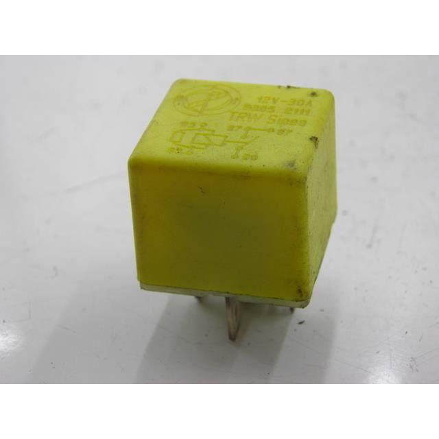 relais electrique scooter piaggio x8 street 1 achat vente relais circuit auto relais. Black Bedroom Furniture Sets. Home Design Ideas