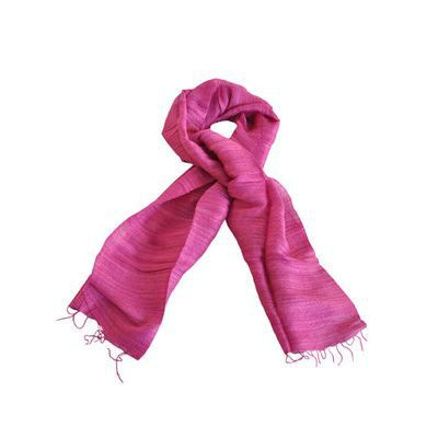 Jeux de foulard en soie érotiques