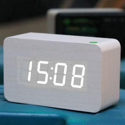 r veil blanc en bois avec commande vocale radio r veil avis et prix pas cher cdiscount. Black Bedroom Furniture Sets. Home Design Ideas