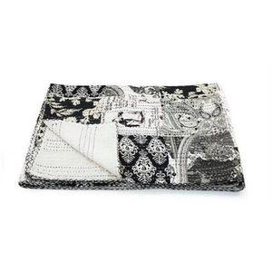 couvre lit noir et blanc achat vente couvre lit noir et blanc pas cher cdiscount. Black Bedroom Furniture Sets. Home Design Ideas