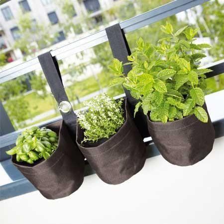 Triple jardini re suspendue en pvc pour balcon achat for Jardiniere double pour balcon