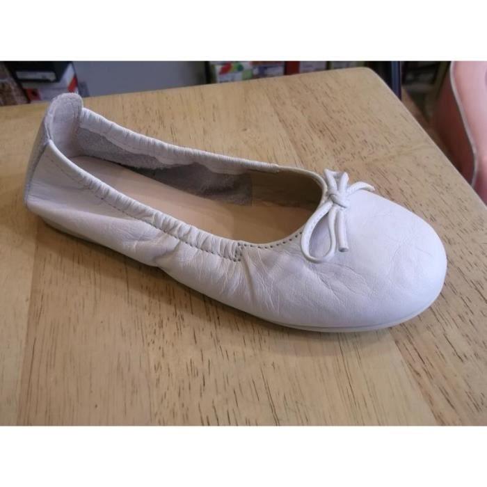 chaussures enfants ballerines filles unisa 32 blanc. Black Bedroom Furniture Sets. Home Design Ideas