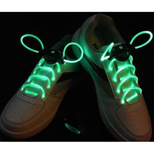 une paire led lacet de chaussure lumineux lacet led vert achat vente lacet cdiscount. Black Bedroom Furniture Sets. Home Design Ideas
