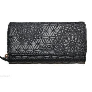 Portefeuille desigual noir achat vente portefeuille - Desigual portefeuille pas cher ...