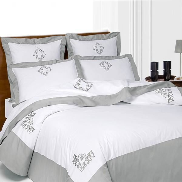 Housse de couette brodee 2 taies percale satin de coton for Housse de couette satin