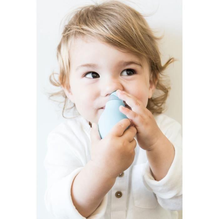 nuby mouche b b poire embout souple coloris bleu ou blanc selon arrivage achat vente mouche. Black Bedroom Furniture Sets. Home Design Ideas