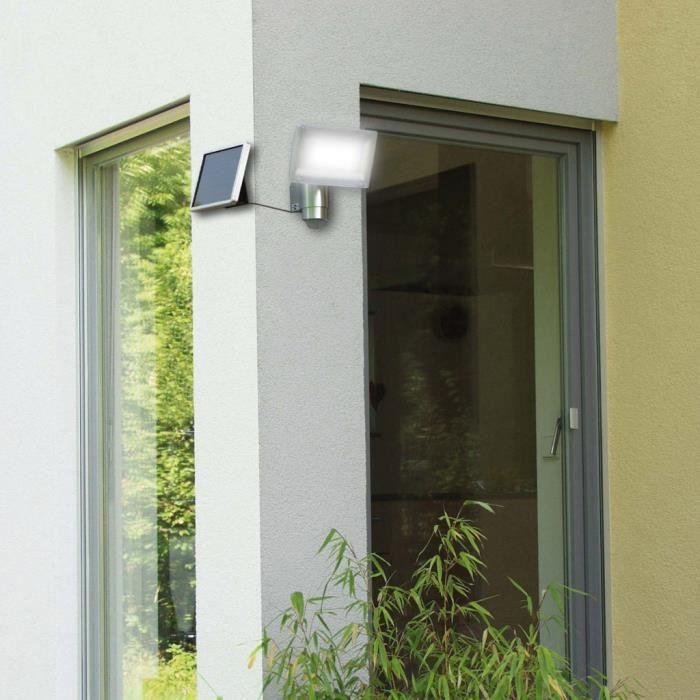 ce projecteur solaire avec d tecteur de mouvement et. Black Bedroom Furniture Sets. Home Design Ideas