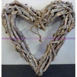 Grand cadre coeur en bois flott hauteur 45 cm achat for Couronne bois flotte