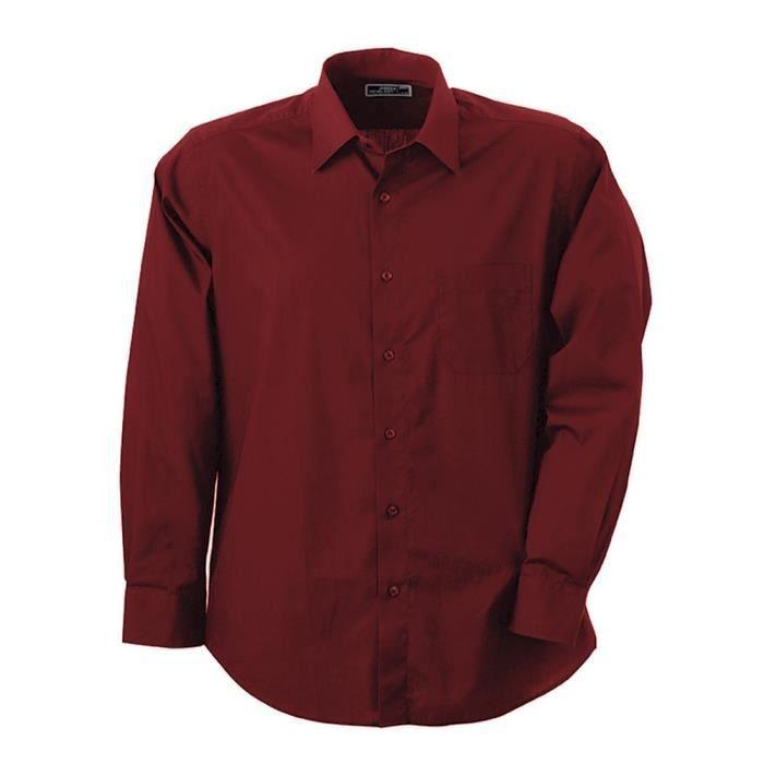 Chemises homme celio L'indispensable du dressing de l'homme. Pour le travail, pour vos sorties ou pour les cérémonies, la chemise pour homme se décline dans différentes coupes, différentes matières, imprimés et cols. Pour un look plus décontracté et casual, optez pour une chemise en denim, pour un style sportswear c'est une chemise à carreaux pour homme dont vous avez besoin.
