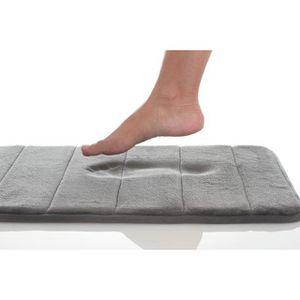 tapis de salle de bain m moire de forme blanc achat vente tapis bain cdiscount. Black Bedroom Furniture Sets. Home Design Ideas