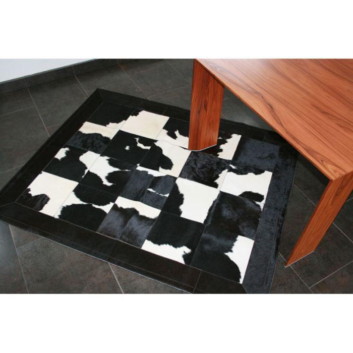 tapis patchwork en peau de vache noire et blanc achat. Black Bedroom Furniture Sets. Home Design Ideas