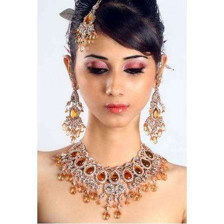 bijoux indiens de mariage couleur ambre achat vente parure bijoux indiens de mariage c. Black Bedroom Furniture Sets. Home Design Ideas