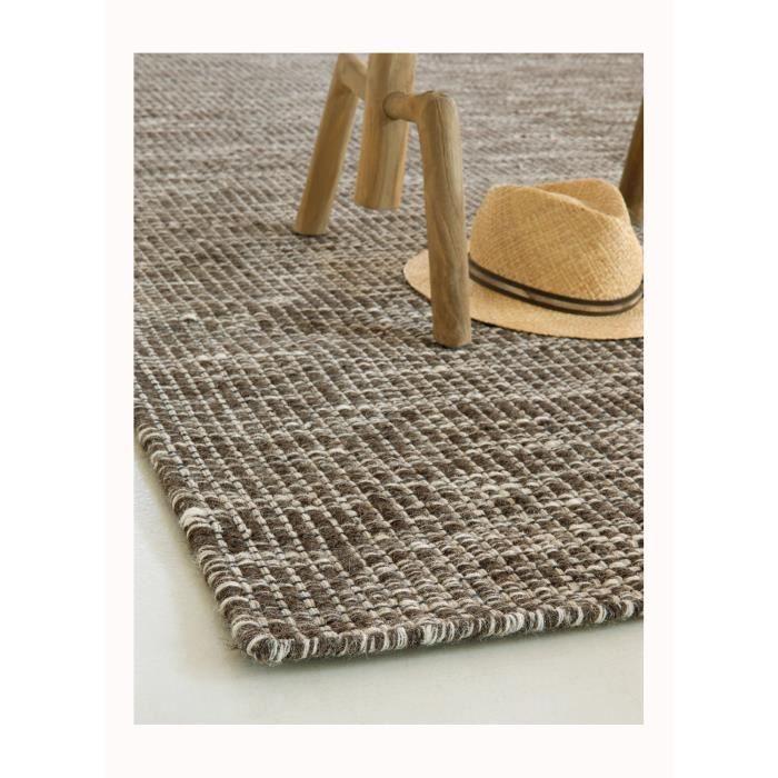 tapis salon uni look 408 marron 140x200 par look tapis moderne achat vente tapis cdiscount. Black Bedroom Furniture Sets. Home Design Ideas