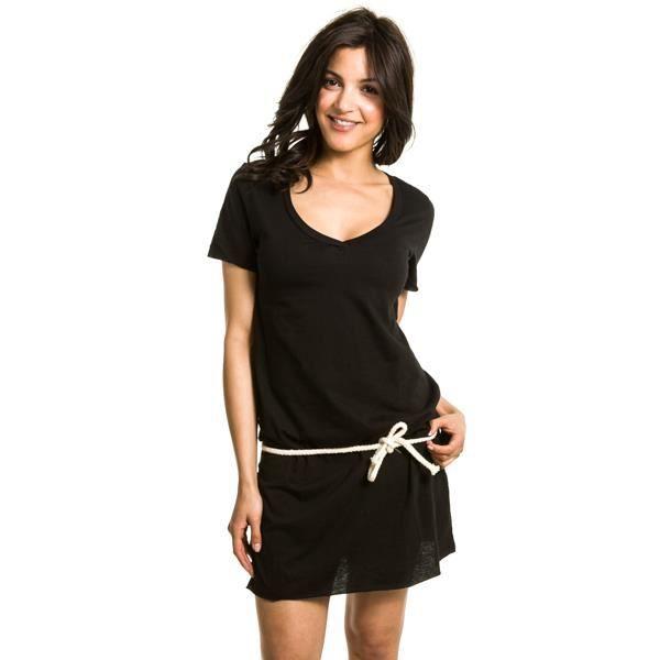 robe t shirt noir. Black Bedroom Furniture Sets. Home Design Ideas