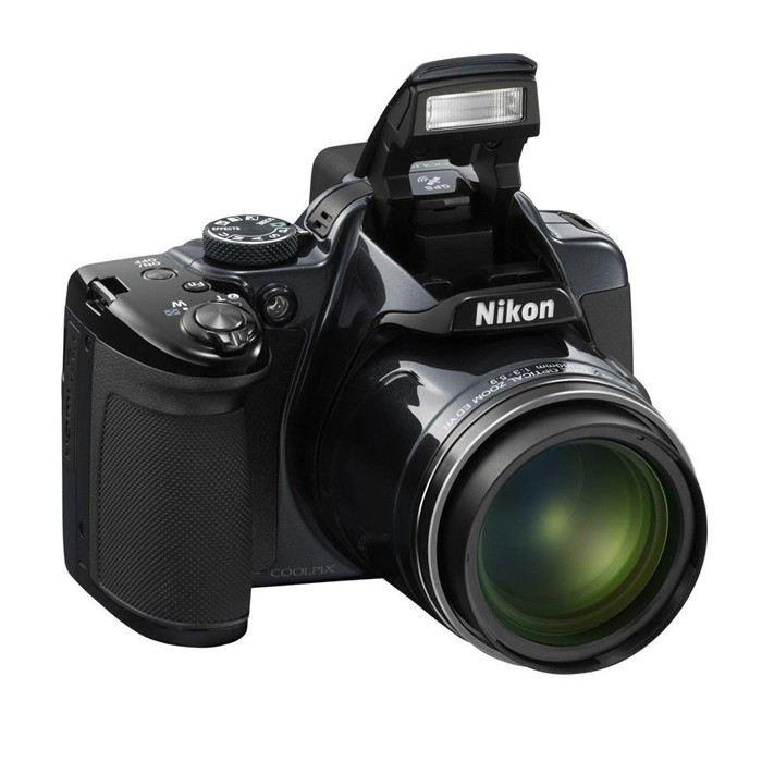 APPAREIL PHOTO COMPACT NIKON P520 Bridge Argent - CMOS 18MP Zoom 42x