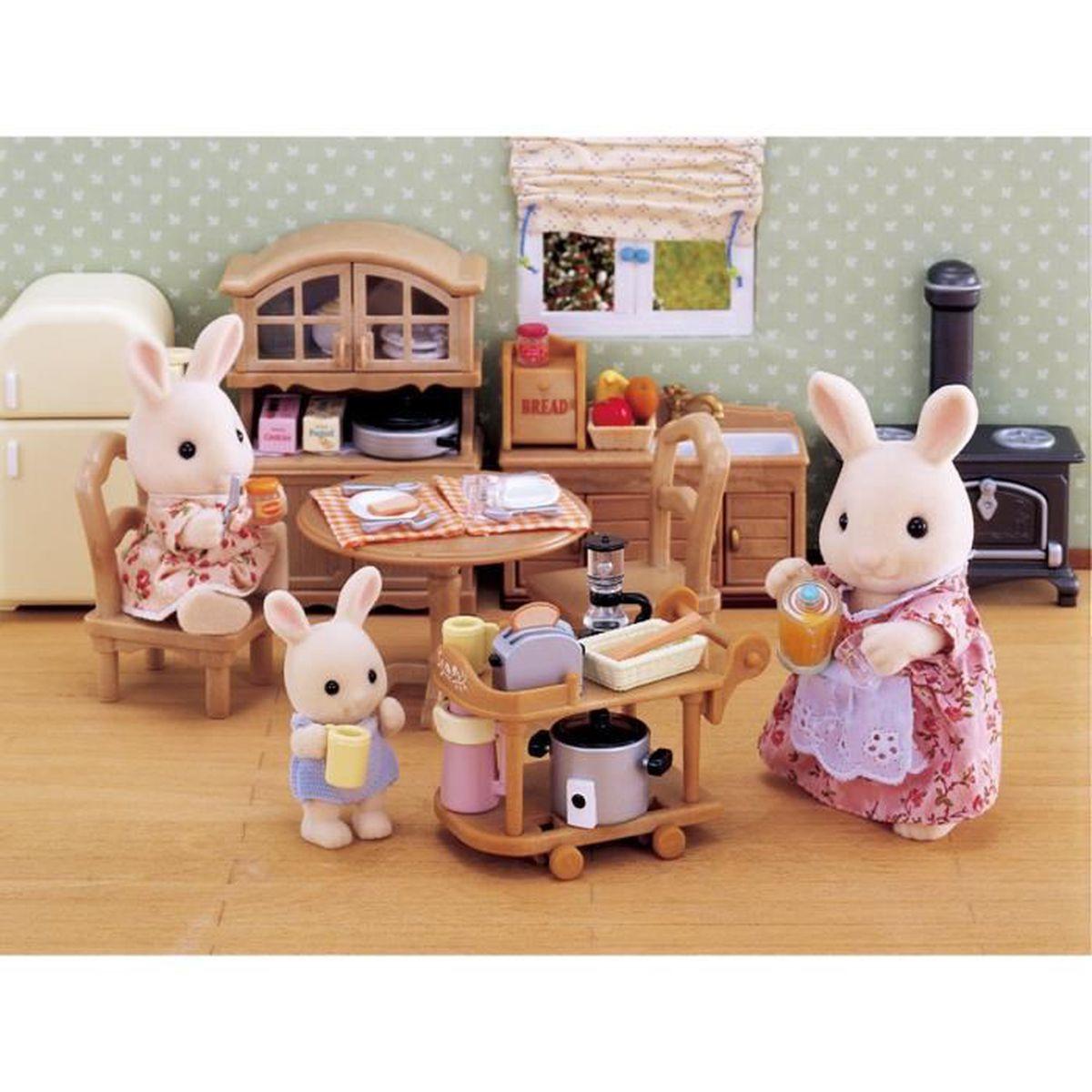 sylvanian families 2819 batterie de cuisine achat vente figurine personnage cdiscount. Black Bedroom Furniture Sets. Home Design Ideas