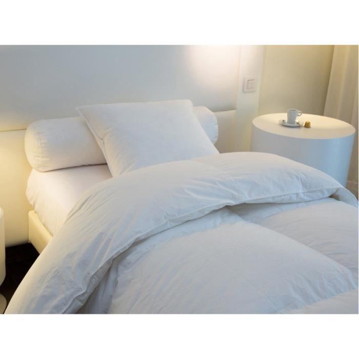Armoire au dessus du lit table de lit a roulettes for Meuble au dessus du lit