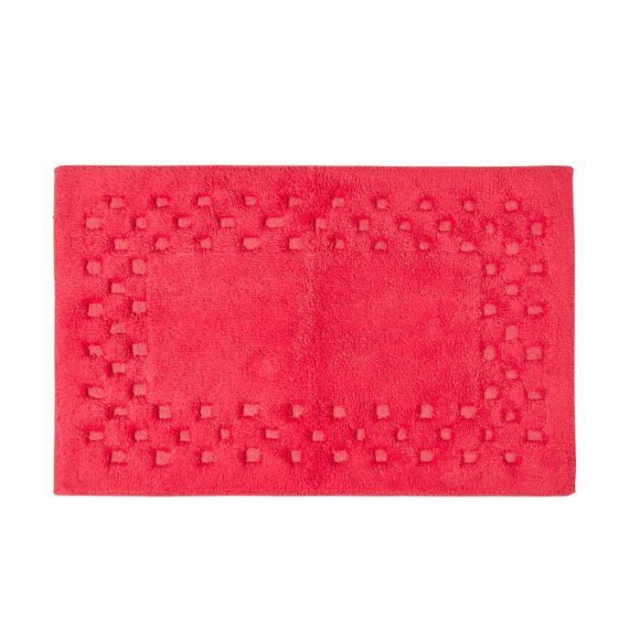 Tapis De Bain Piqu De Carreaux 45 X 75 Cm Coloris Rouge Achat Vente Tapis De Bain
