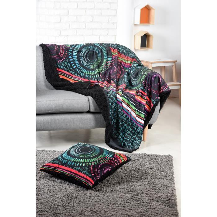 plaid en velours imprim doubl faux mouton noir 130 x 160 cm achat vente couverture plaid. Black Bedroom Furniture Sets. Home Design Ideas