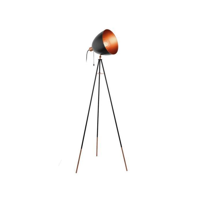 lampadaire noir et cuivre