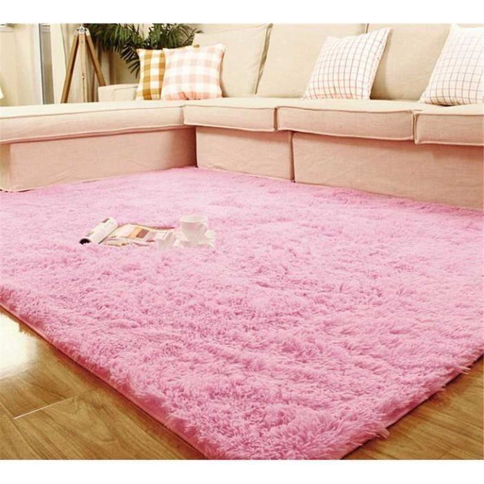 Tapis rose fille fabulous tapis tapis poupee x cm uua for Tapis chambre rose