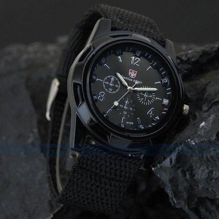 montre militaire homme arm e suisse gemius army bracelet. Black Bedroom Furniture Sets. Home Design Ideas