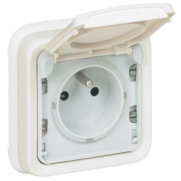 legrand prise avec terre complet avec volet ip55 plexo blanc achat vente prise cdiscount. Black Bedroom Furniture Sets. Home Design Ideas