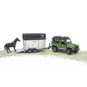 BRUDER - LAND ROVER Defender 90 Break avec van et un cheval