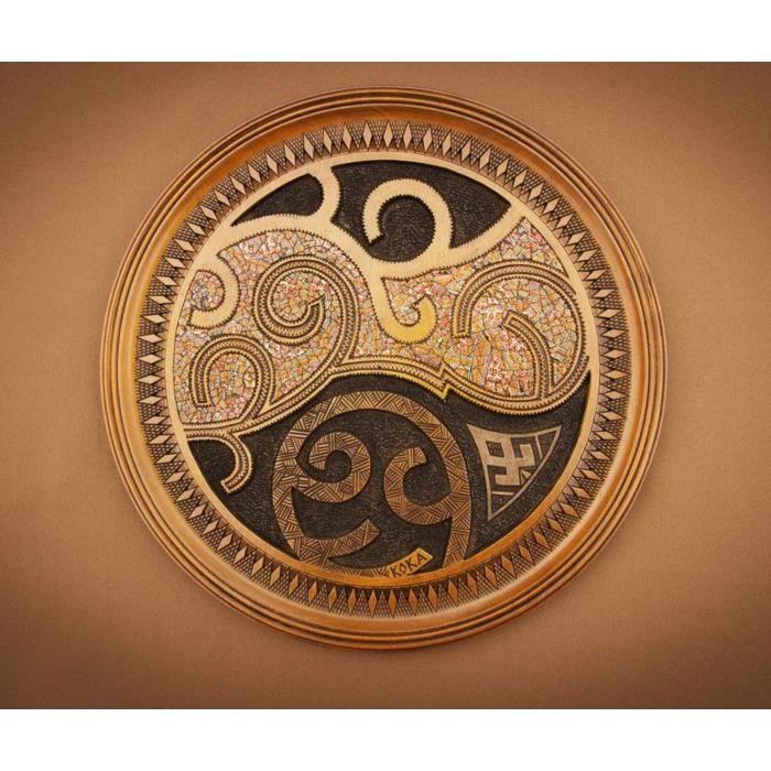 Assiette murale en bois sculpt et marquet fait main for Decoration murale bois sculpte