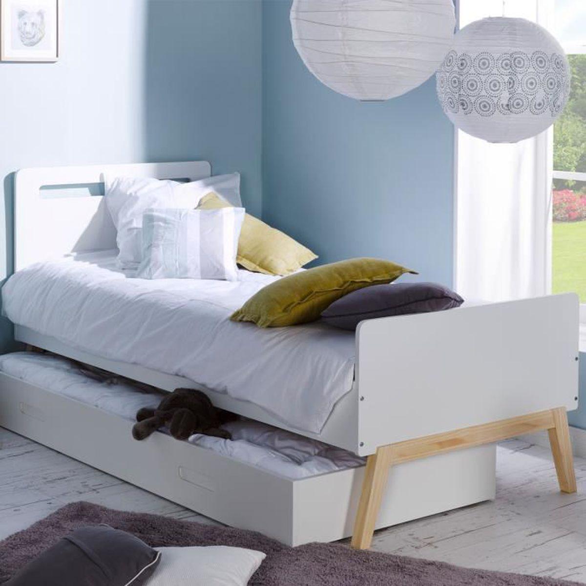 trendy lit gigogne escamotable with but lit gigogne escamotable. Black Bedroom Furniture Sets. Home Design Ideas