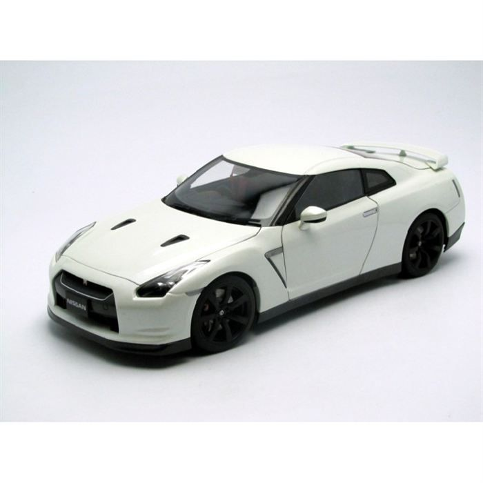 autoart 1 18 nissan gt r r35 achat vente voiture. Black Bedroom Furniture Sets. Home Design Ideas