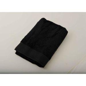 serviette de bain noir et blanc achat vente serviette de bain noir et blanc pas cher cdiscount. Black Bedroom Furniture Sets. Home Design Ideas