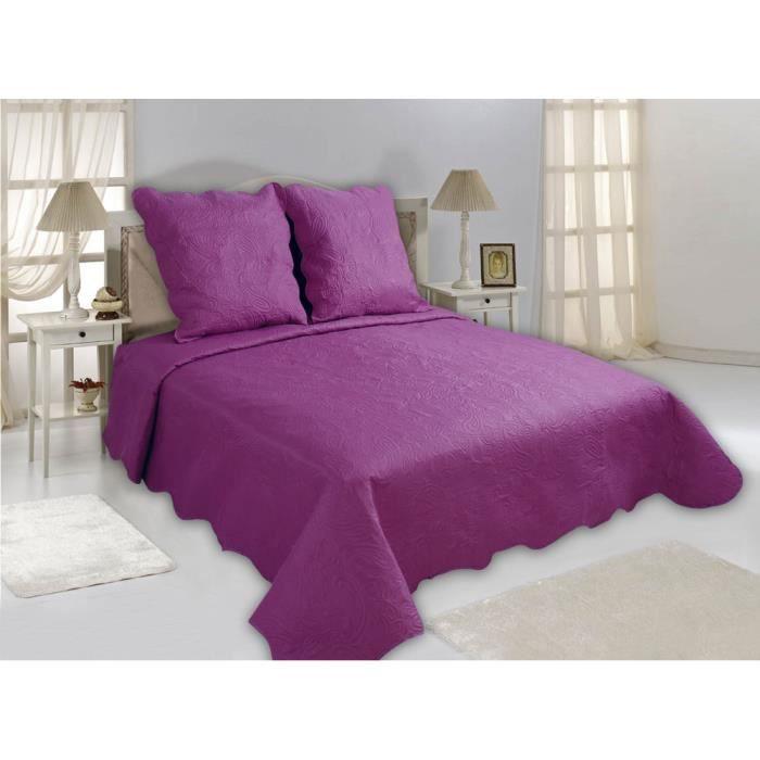 boutis uni iris 1 couvre lit 220 x 240 cm et 2 taies d. Black Bedroom Furniture Sets. Home Design Ideas