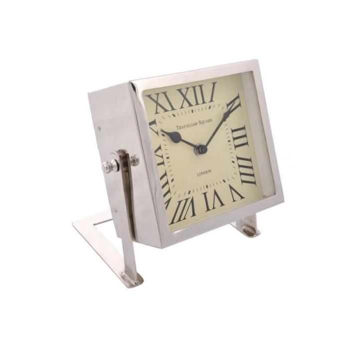 horloge carr chiffre romain sur pied m tal argent chrom 17x18x9cm j line achat vente. Black Bedroom Furniture Sets. Home Design Ideas