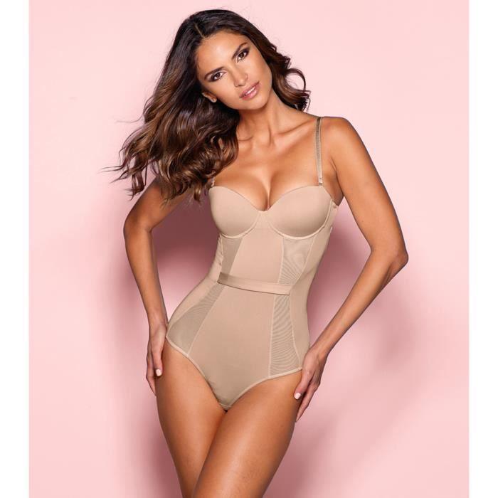 Undiz, la cool_lingerie pour femmes et hommes. Tous les 15 jours, des nouvelles collections de lingerie: soutiens-gorge, culottes, bodys et de pyjamas, homewear, tee-shirts, pantalons, combinaisons, maillots de bain et aussi boxers pour hommes.