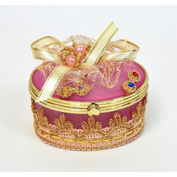 jolie boite bijoux de forme ovale orn e de perles et de rubans pour ranger bagues boucles d. Black Bedroom Furniture Sets. Home Design Ideas