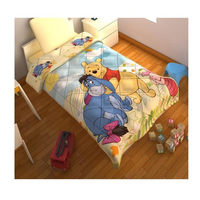 couverture de lit winnie l 39 ourson matelass e 10 achat. Black Bedroom Furniture Sets. Home Design Ideas